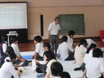 池島教授によるワークショップの様子