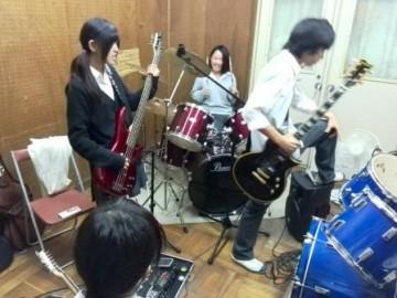 軽音部の練習風景