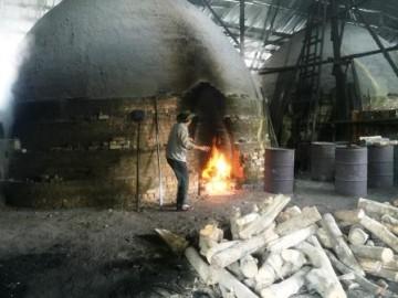 炭焼き工場視察